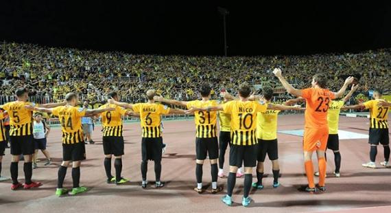ΑΡΗΣ - Λάρισα 2-0   Η ομάδα τους τρεις βαθμούς, ο κόσμος τις εντυπώσεις!