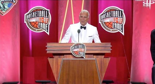 Παγκόσμια αναγνώριση για τον Θεό του μπάσκετ!